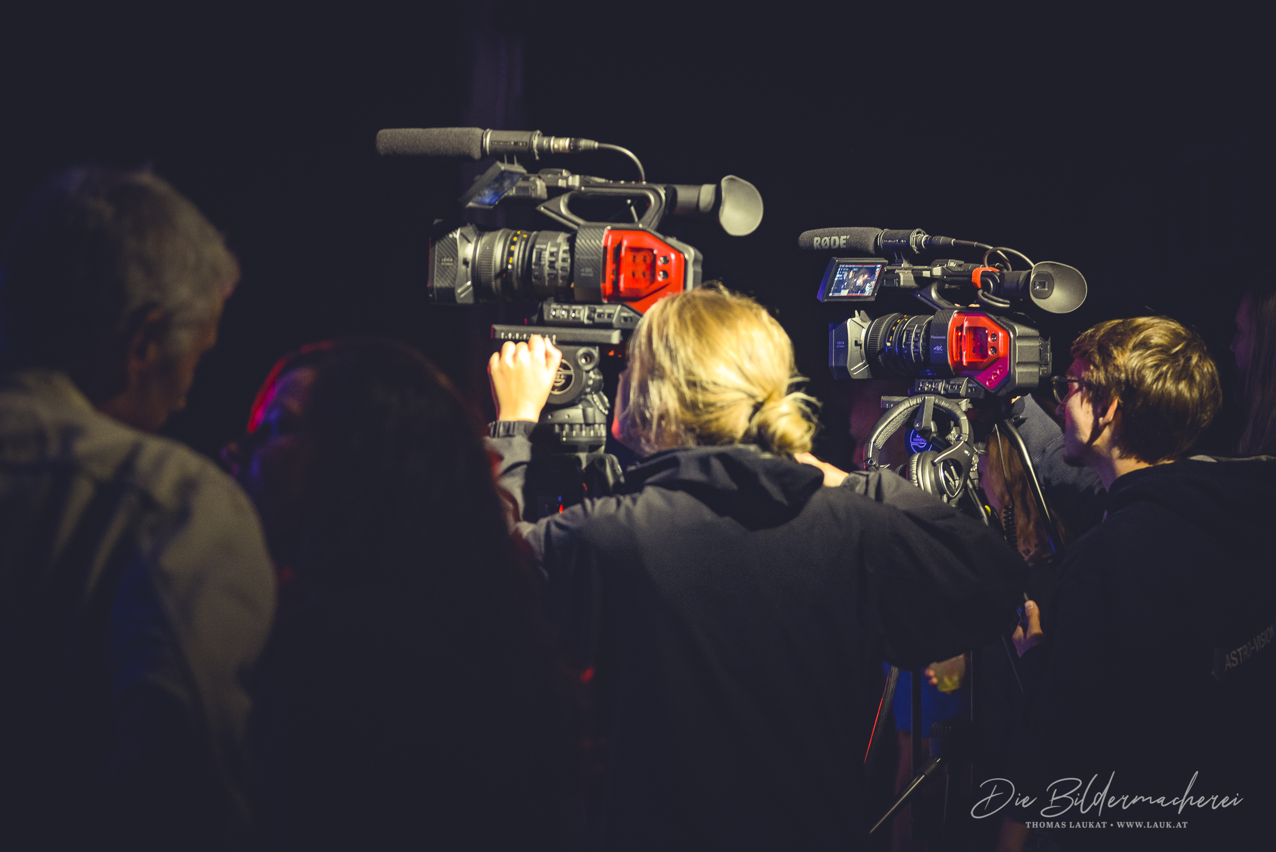 2018_Bühne2_2200_TL_HotStaff